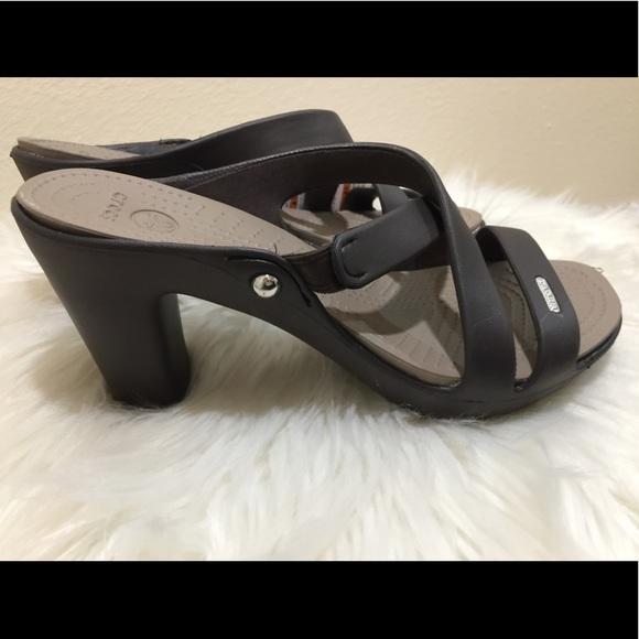 28b01279a Crocs Cyprus V heels